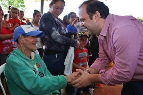 Ministro participó en jornada de pagos de Tekoporã en Vaquería e Yhú