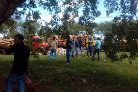 Productores de mandioca se manifiestan en Repatriación