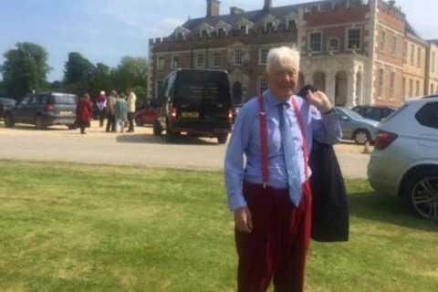 A sus 72 años este millonario busca a una joven mujer para heredarle toda su fortuna