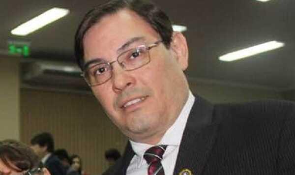 Ulises Villasanti presentará su candidatura a vicerrector de la UNCA